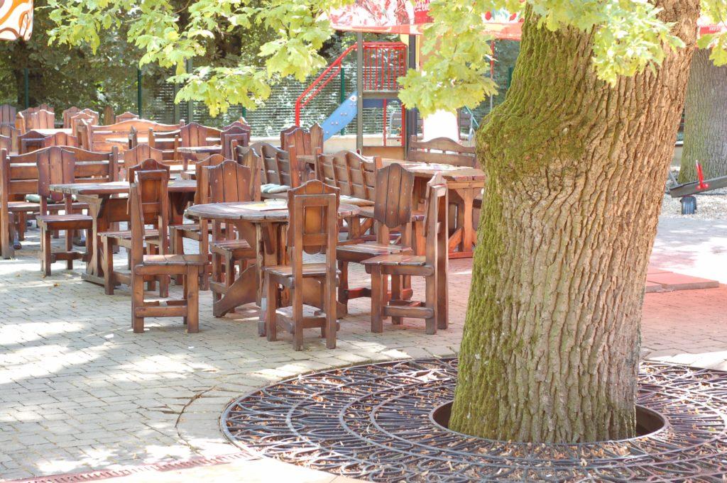 Reštaurácia BEREK Nové Zámky priestory